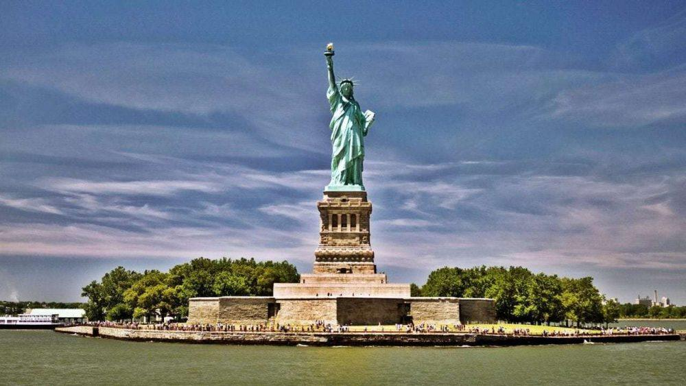 wondrous-statue-of-liberty-wallpaper