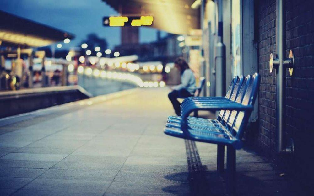 city-railway-station-chairs-blur-photo-hd-wallpaper
