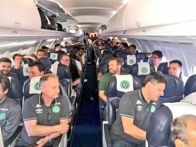 εικόνα μέσα από το αεροσκάφος πριν τη συντριβή