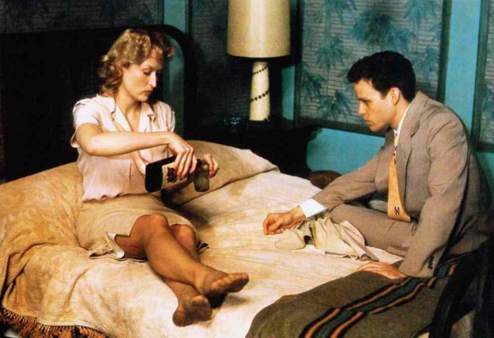 SOPHIE'S CHOICE, from left: Meryl Streep, Peter MacNicol, 1982, © Universal