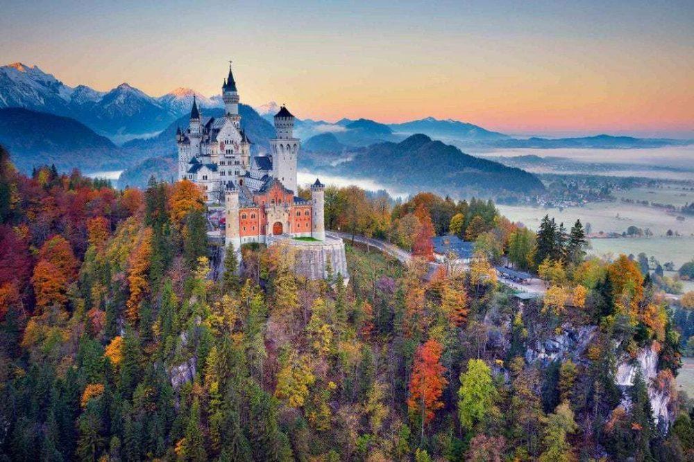 το γυάλινο κάστρο