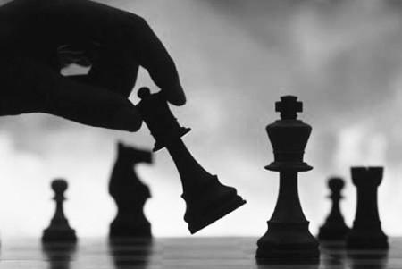 Ανορθόδοξο σκάκι. Από τον Αγγελή Ραφαήλ