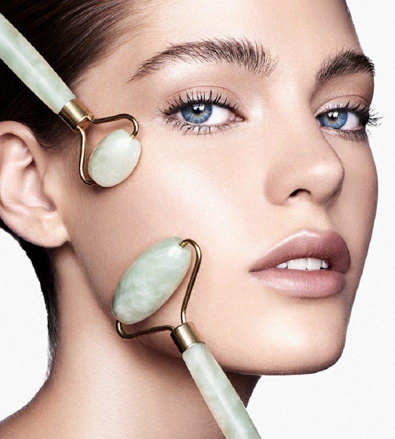 jade face roller