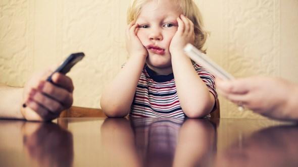 τεχνολογία βλάπτει παιδική ηλικία