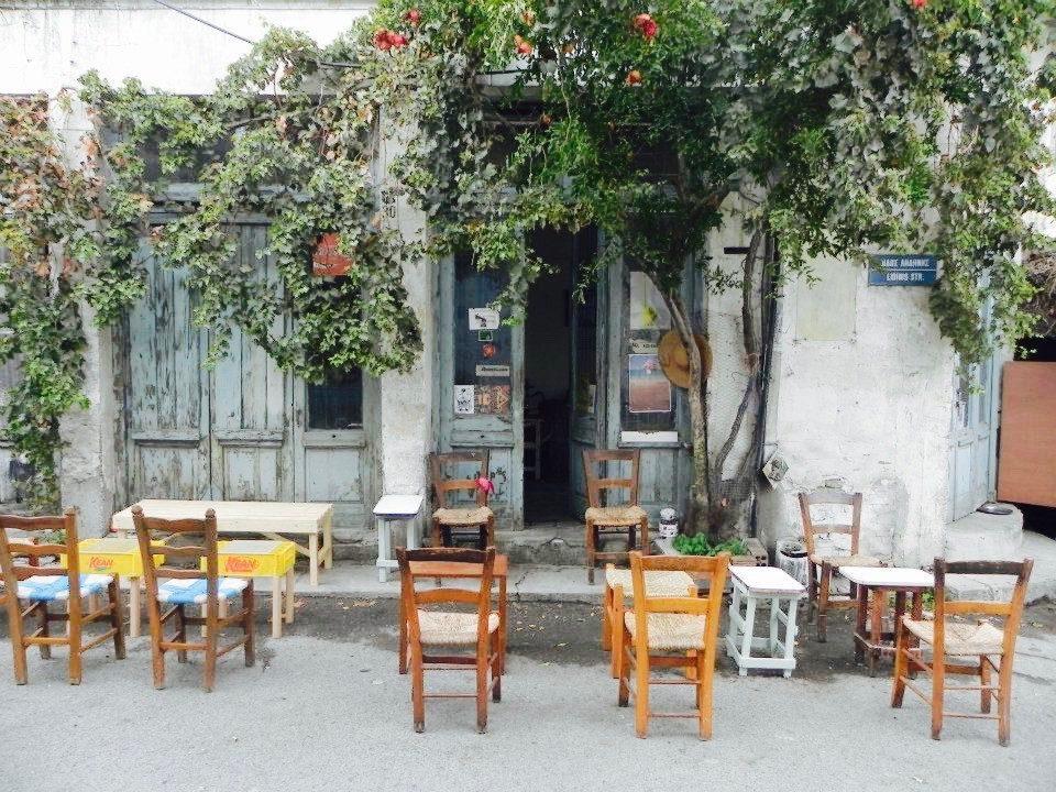 το παλιό καφενείο