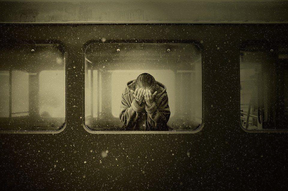 συναίσθημα μοναξιάς και λάθος επιλογές