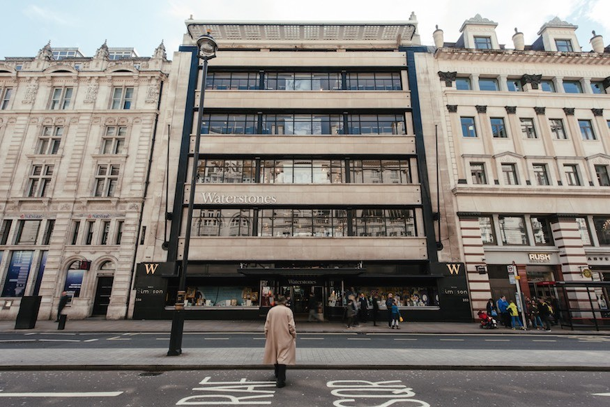 βιβλιοπωλεία στη Βρετανία και στην Ελλάδα