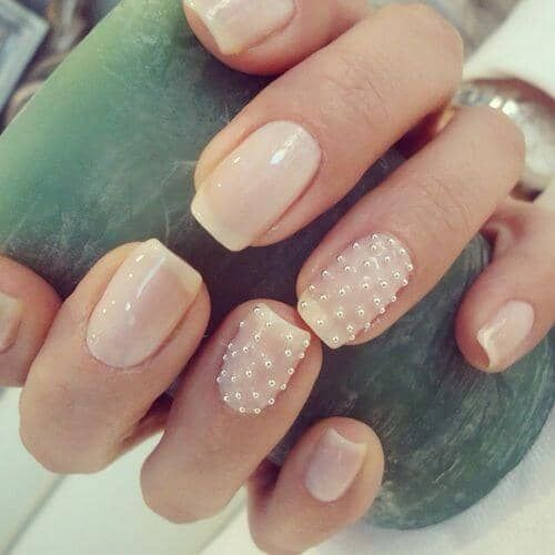 pearl nail trend