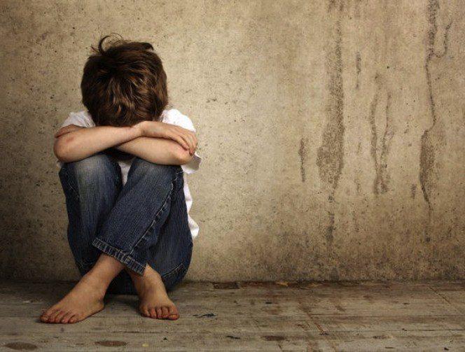ή κατάθλιψη και η μελαγχολία που νιώθει ένα παιδί