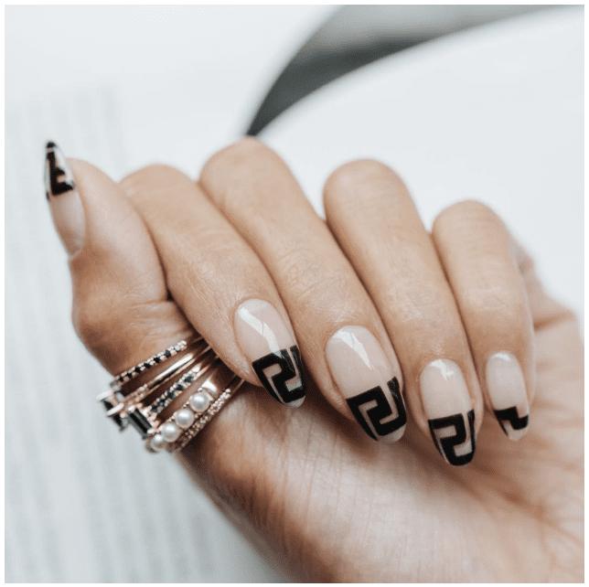 Givenchy nails