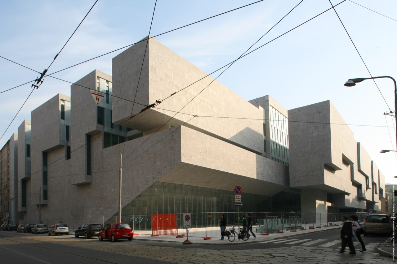 Universita Luigi Bocconi School of Economics
