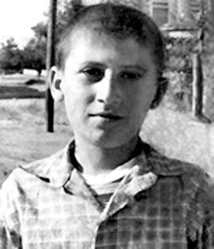 Πηγή εικόνας: AlphaNews.live | Ο Χάρρυ Κλυνν μπήκε στη βιοπάλη από μικρή ηλικία.