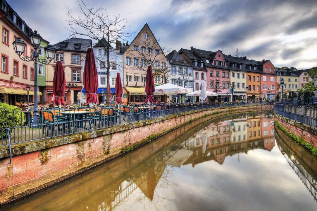Atstatd-Αμβούργο