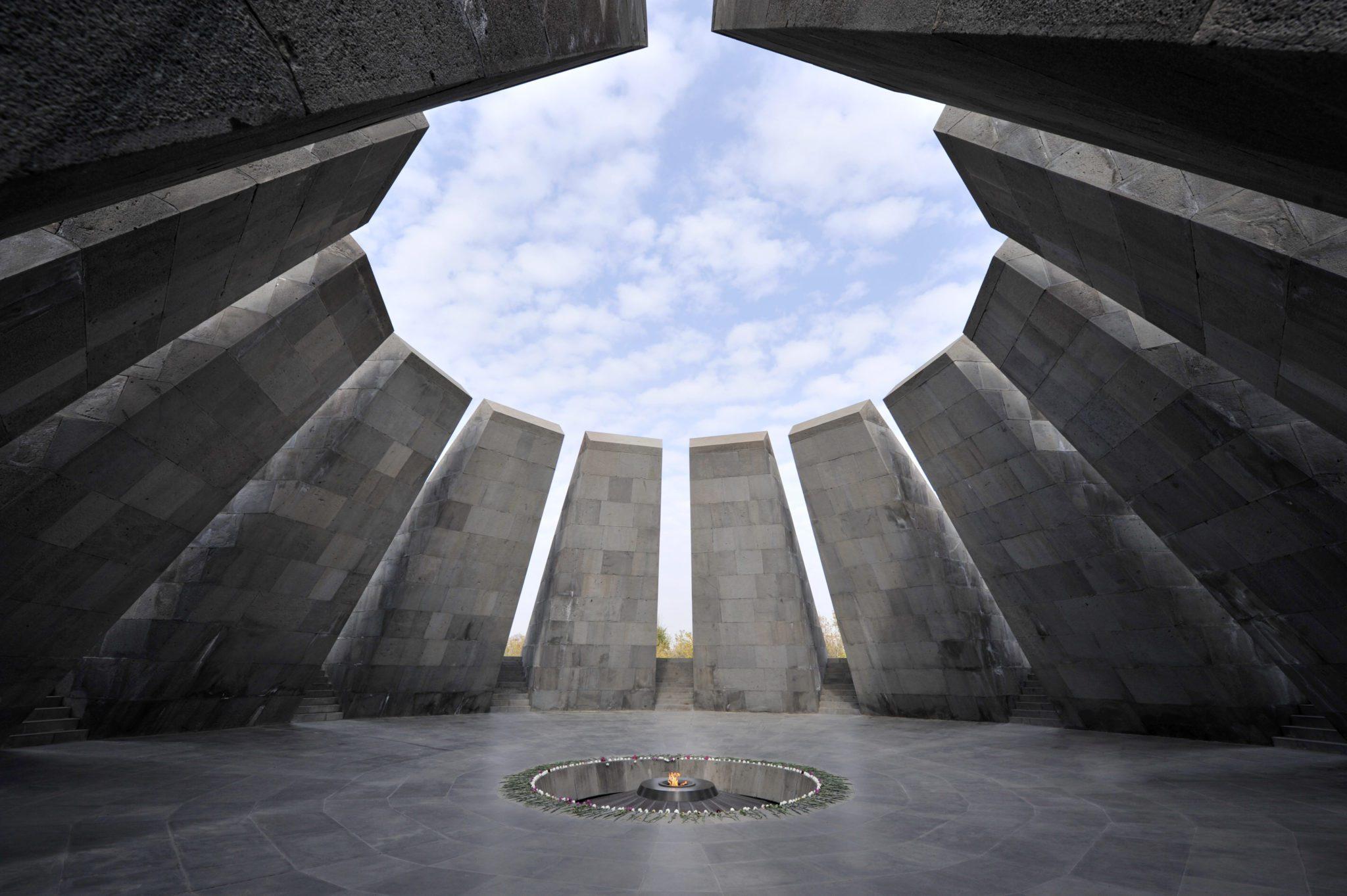 Ιστορία Βαμμένη στο Αίμα: Αρμενίων Γενοκτονία