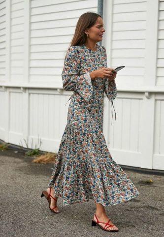Retro floral φορέματα