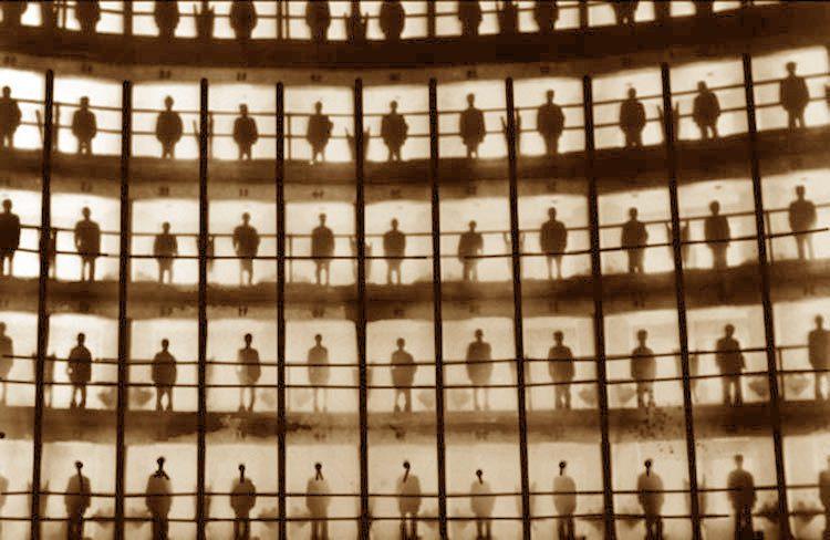 Εγκλεισμός και εσωτερική ελευθερία