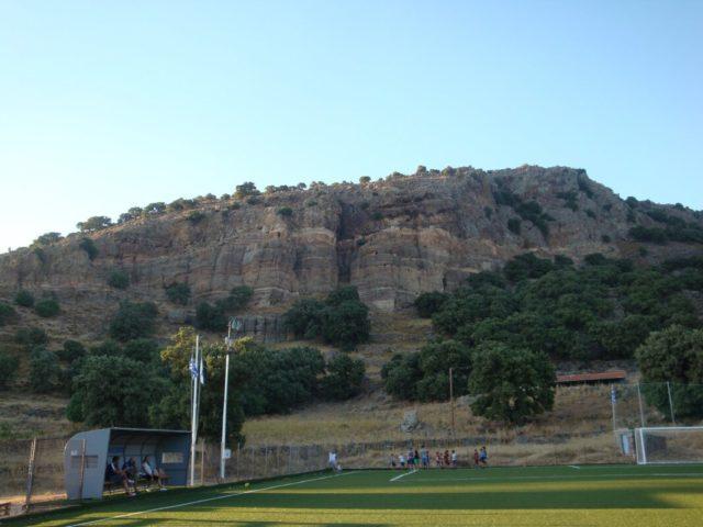 Γήπεδο Μεσοτόπου