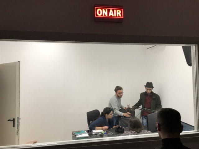 ματζόΡε ραδιόφωνο ετοιμασίες