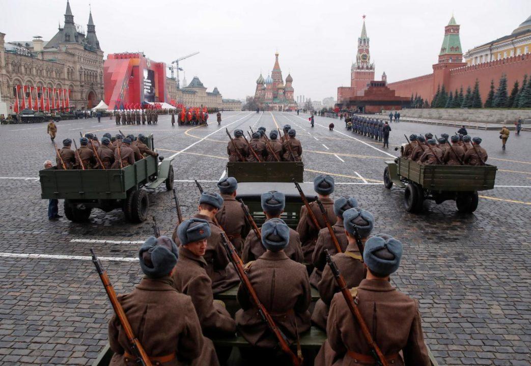 Σύμφωνο της Βαρσοβίας - Η Σοβιετική απάντηση στο ΝΑΤΟ