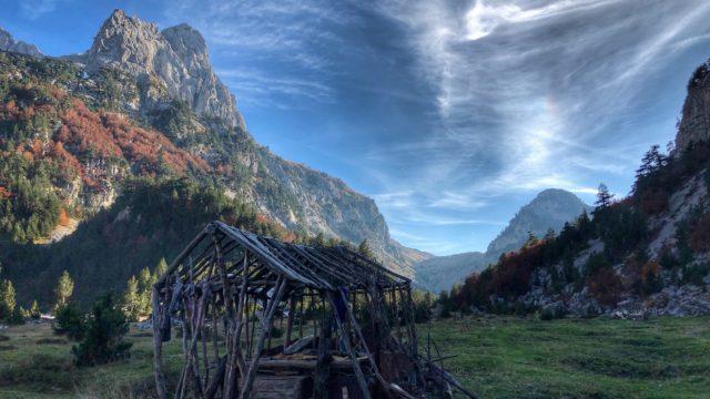 Η πολυπολιτισμικότητα των Βαλκανίων συναντάται στο ανοιξιάτικο road trip στα Βαλκάνια