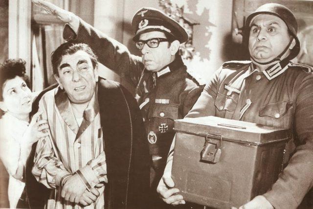 Πηγή εικόνας: ellinikoskinimatografos.gr | Ο Ζαννίνο στην ταινία «Ένα ασύλληπτο κορόιδο».