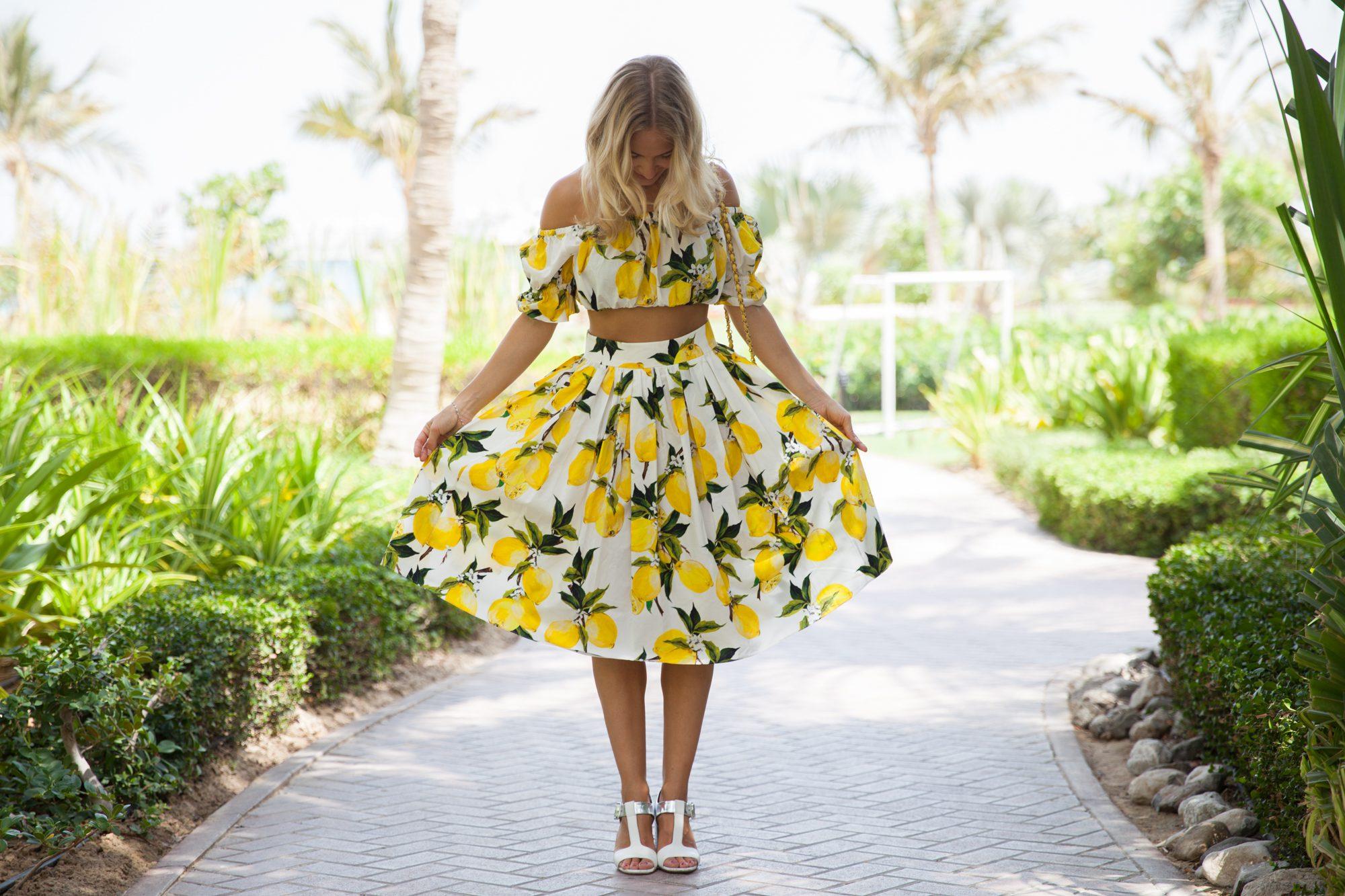 lemon print trend skirt