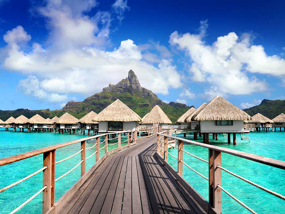 Γαλλική πολυνησιακή κουλτούρα και αργυρόλευκες παραλίες