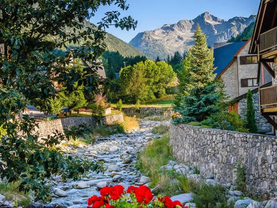 ορεινά παραδοσιακά παραμυθένια χωριά της Ευρώπης