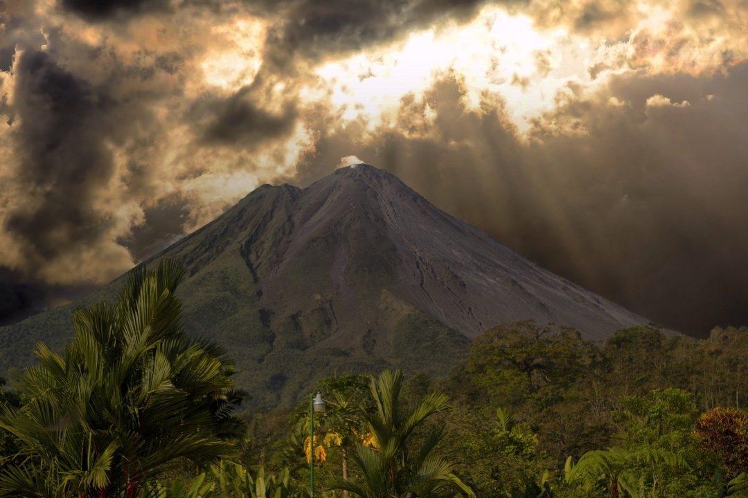 Επίσκεψη στο ηφαίστειο στο Αρενάλ