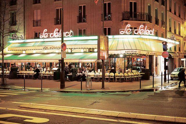 καφέ-μπιστρό στο Παρίσι