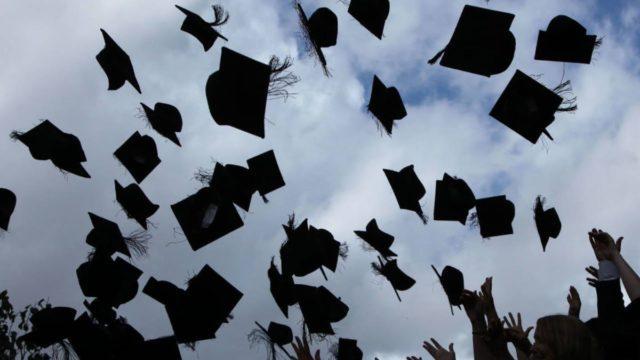 Αντίο φοιτητικά χρόνια