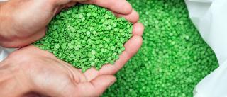 Βιοπλαστικά: Γιατί δεν είναι η λύση στη μείωση πλαστικών