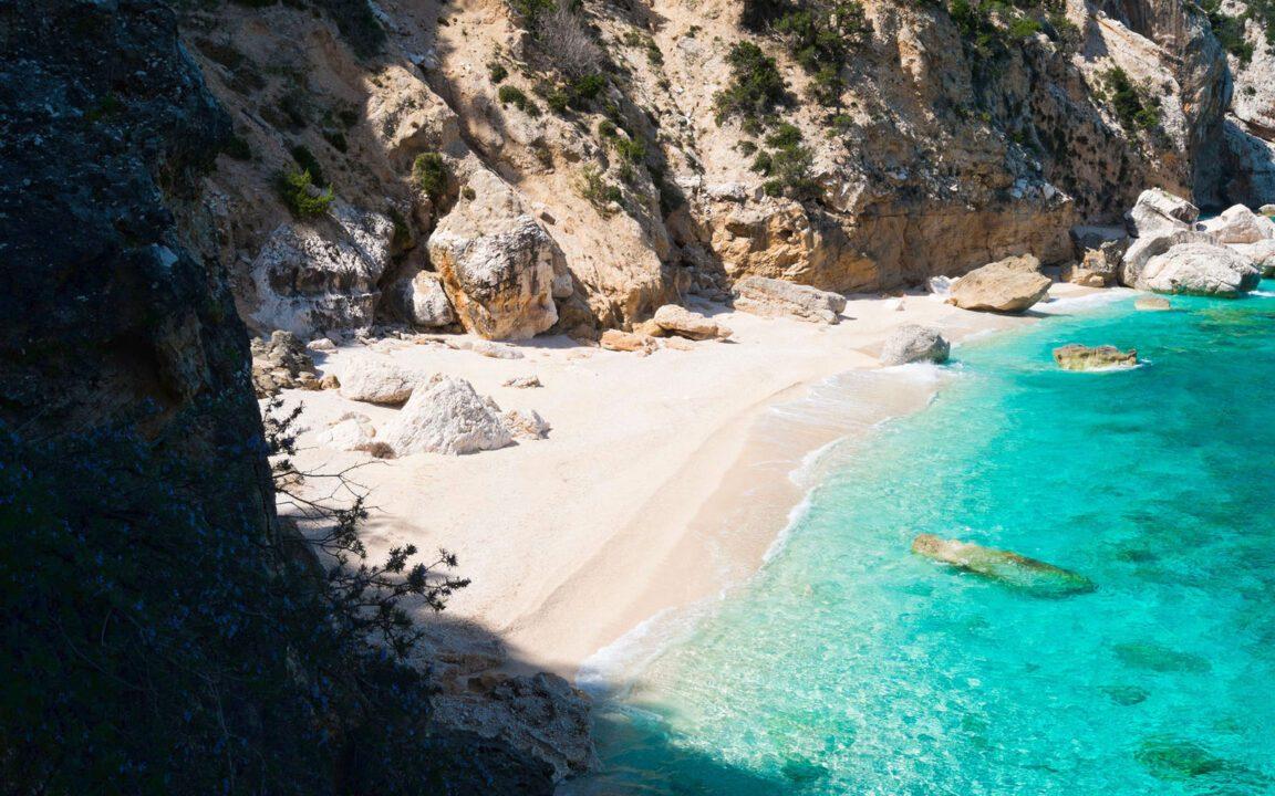 """Οι πιο καθαρές παραλίες του κόσμου είναι """"χάρμα οφθαλμών"""""""