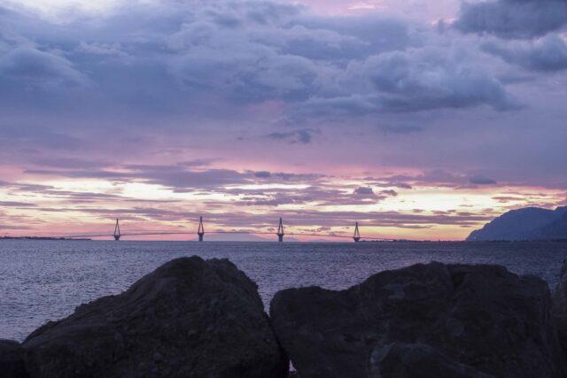 Δρέπανο: Ο «παράδεισος» του Kitesurf και η μαγεία γύρω του