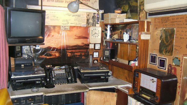 Η άνθηση που γνώρισε το ραδιόφωνο, οφείλεται στους πειρατικούς σταθμούς