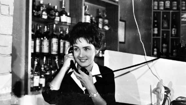 Ξένια Καλογεροπούλου: Η εμβληματική ηθοποιός του ελληνικού κινηματογράφου σαν άλλη Audrey Hepburn