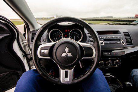 Τιμόνι σωστή θέση οδήγησης