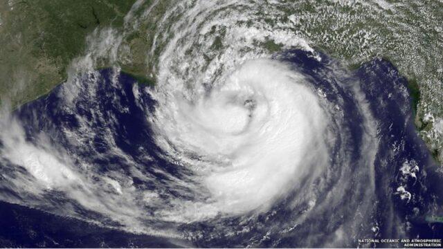 Τυφώνες