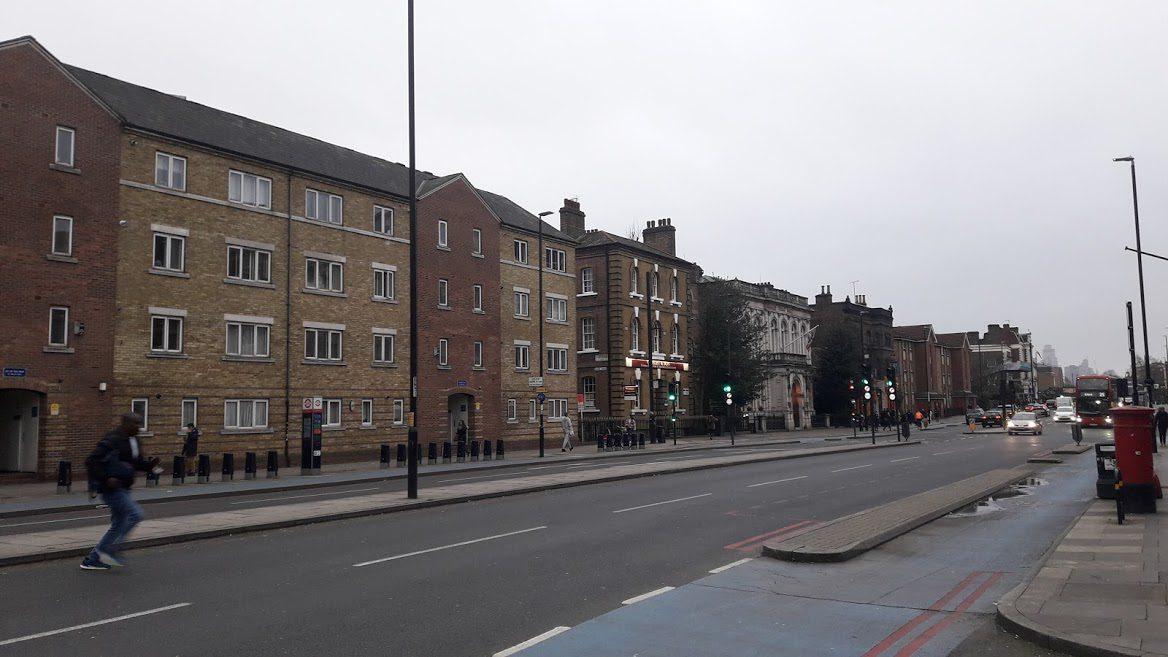 """Λονδίνο: Οι γειτονιές μακριά από τα """"φώτα"""" του τουρισμού"""