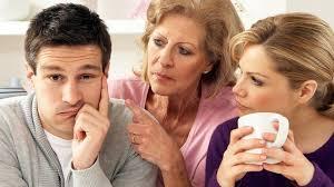 Η ιδιόρρυθμη σχέση του άντρα για τη μητέρα του