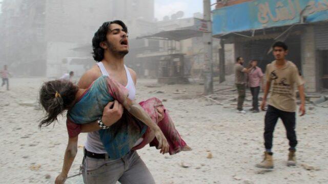πατέρας με την κόρη του στον πόλεμο