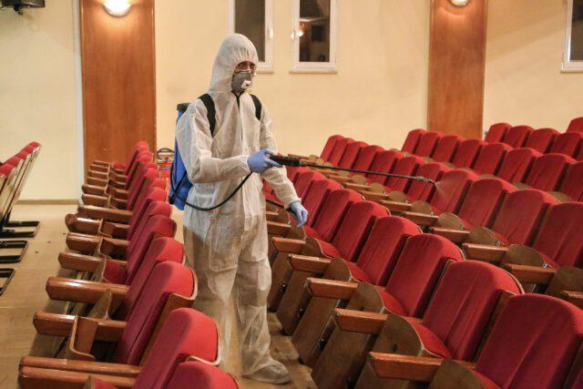 υγειονομική κρίση και θέατρο
