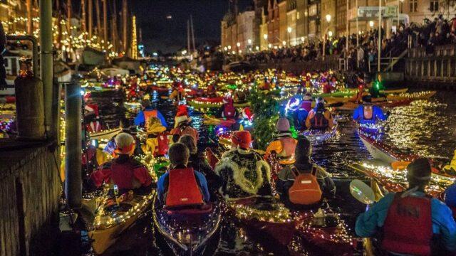 Santa Lucia parade in Kayaks
