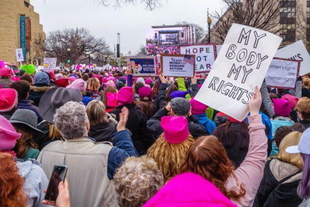 διαδήλωση φεμινισμός