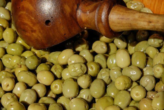 Πράσινες τσακιστές ελιές