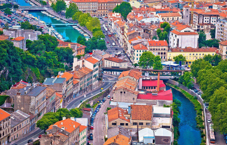 """Ριέκα: To """"αουτσάιντερ"""" της Κροατίας που θα σε γοητεύσει"""