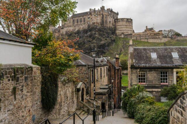 Το μεσαιωνικό Ενδιμβούργο στις πιο εντυπωσιακές μικρές πόλεις του κόσμου