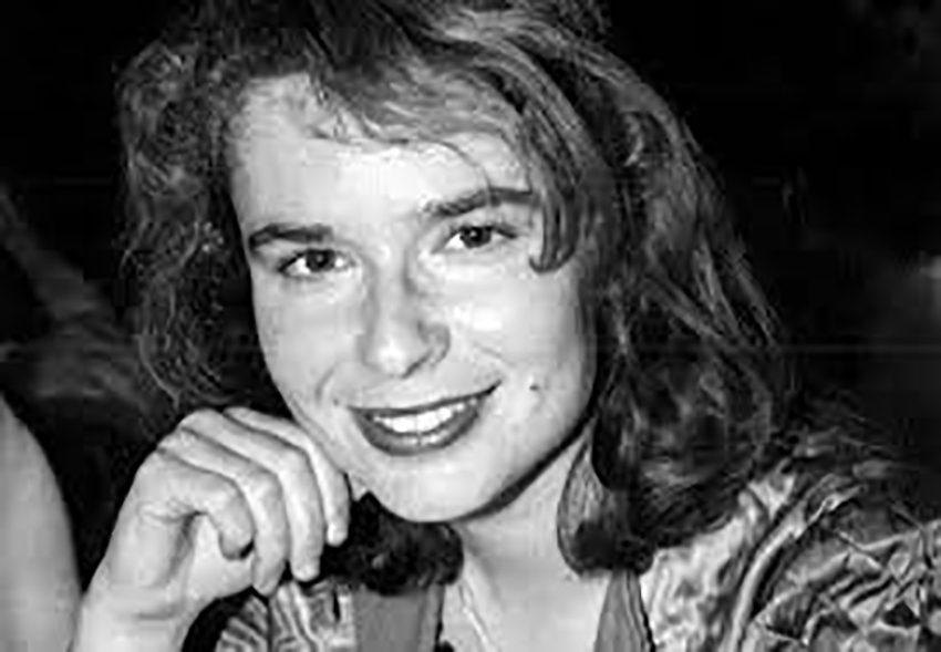 Συντονίζει/παρεμβαίνει η Ελένη Καρασαββίδου, Συγγραφέας,Πανεπιστημιακός