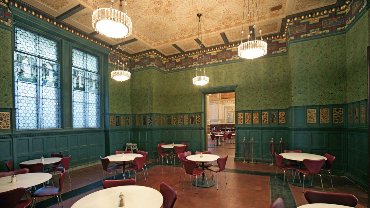 Αγγλικό απογευματινό τσάι στα Morris Tea Rooms