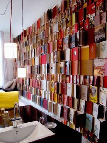 βιβλία τοίχος